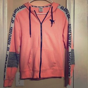 VS XS jacket